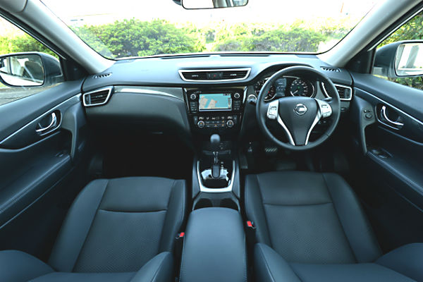 nissan-x-trail-t32-interior