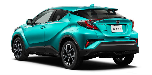 toyota-c-hr-radiant-green-rear