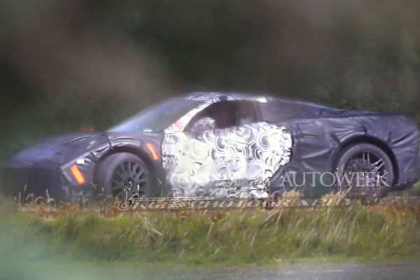 corvette-c8-spyshot-side