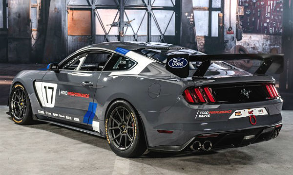 ford-performance-mustang-gt4-left-rear