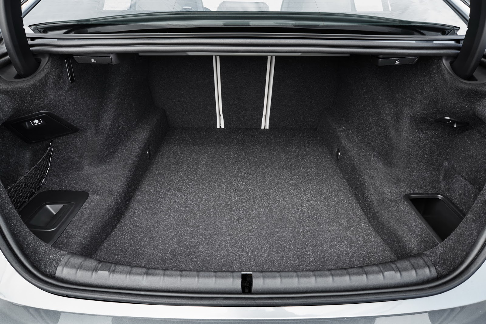 bmw-5series-g30-luggage