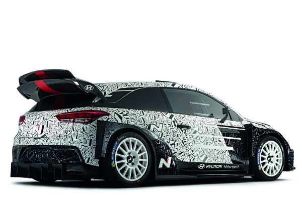 hyundai-i20-wrc-right-rear