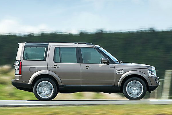 land-rover-discovery-2015-side