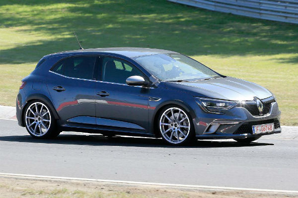 renault-megane4-rs-nur-right-front
