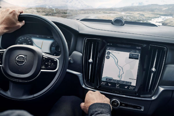 volvo-v90-cross-country-infotainment