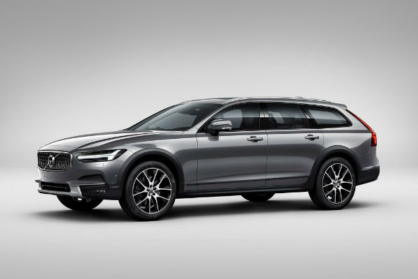 volvo-v90-cross-country-left-front