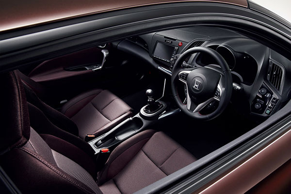 honda-cr-z-alpha-dressed-label-interior