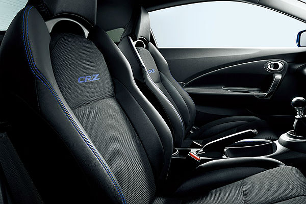 honda-cr-z-alpha-dressed-label3-seat