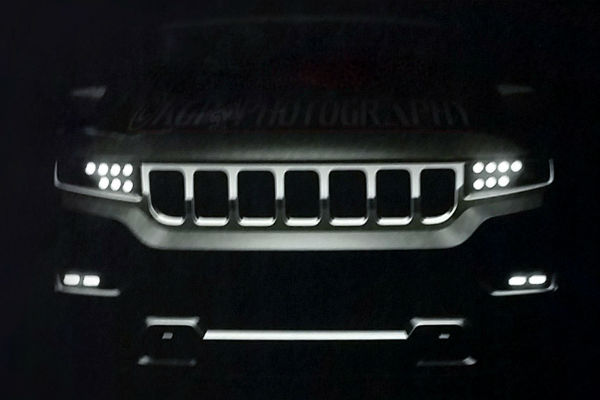 jeep_grand_wagoneer_front