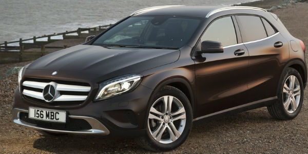 mercedes-benz-gla-2015-left-front
