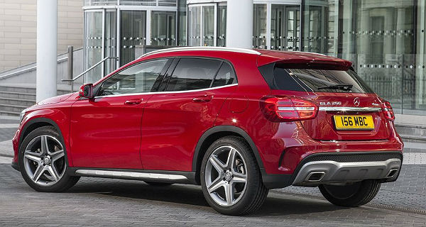 mercedes-benz-gla-2015-left-rear