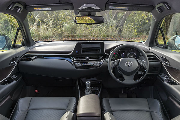 toyota-c-hr-interior