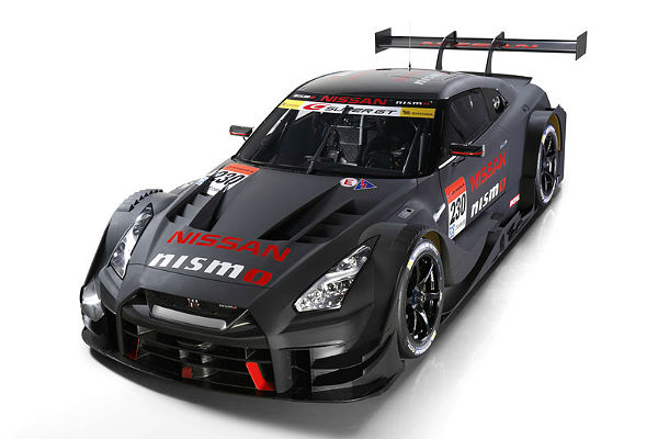 nissan-gt-r-sgt-2017-top