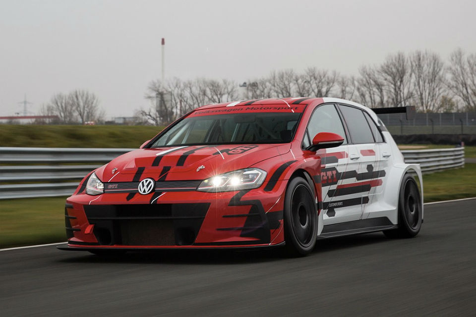 VW Golf GTI TCR Race Car