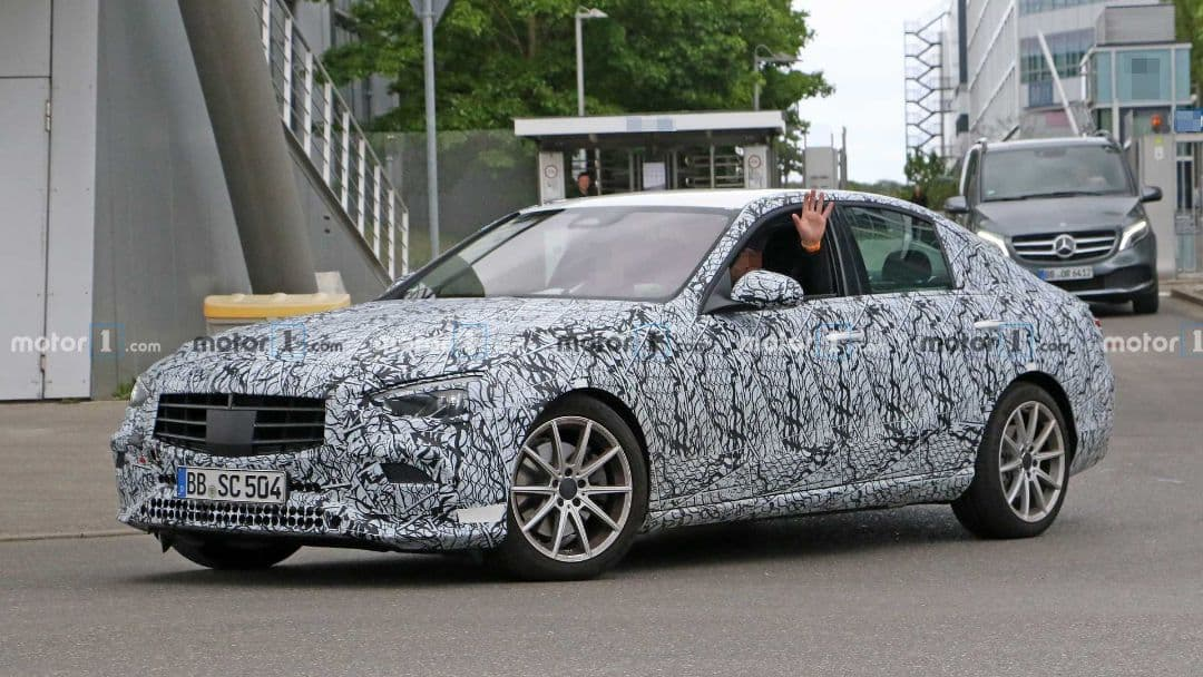 Mercedes-Benz C Class 2021 spyshot front three quarter