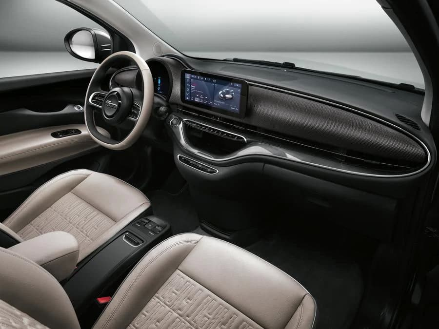 Fiat 500e Official Photo Leaked interior