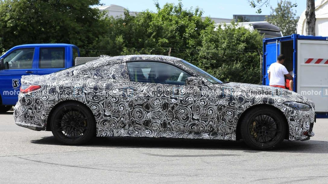 BMW M4 spyshot side
