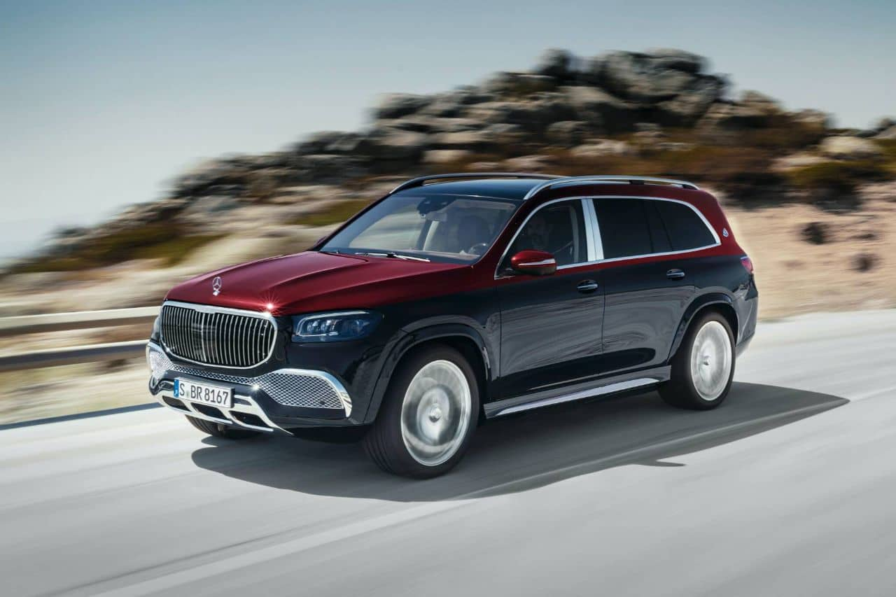 Mercedes Maybach GLS 600 acceleration
