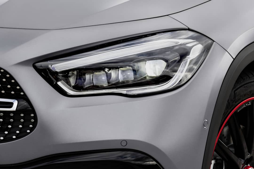 Mercedes Benz GLA 2nd Gen headlight