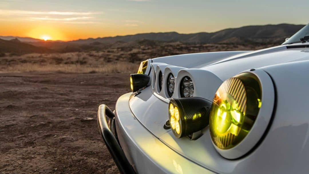 Porsche 911 Baja headlight