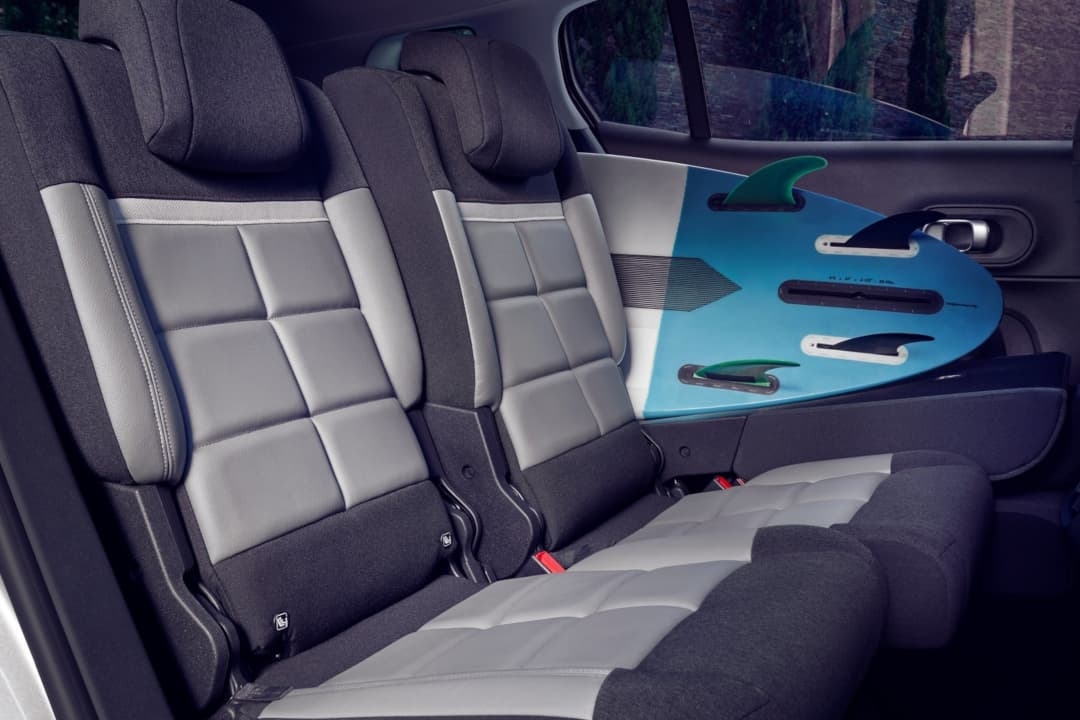 Citroen C5 AirCross Hybrid rear seat