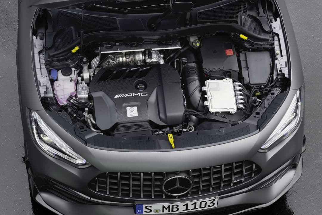 AMG GLA 45 engine