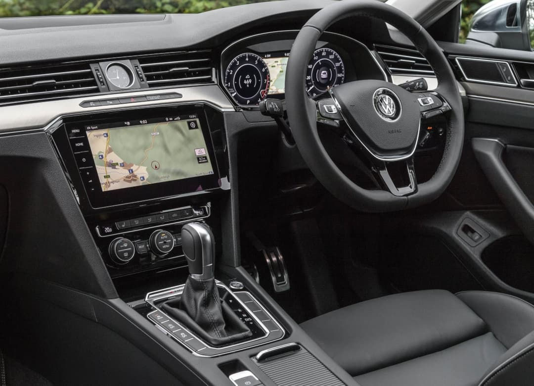 VW Arteon 2018 UK interior