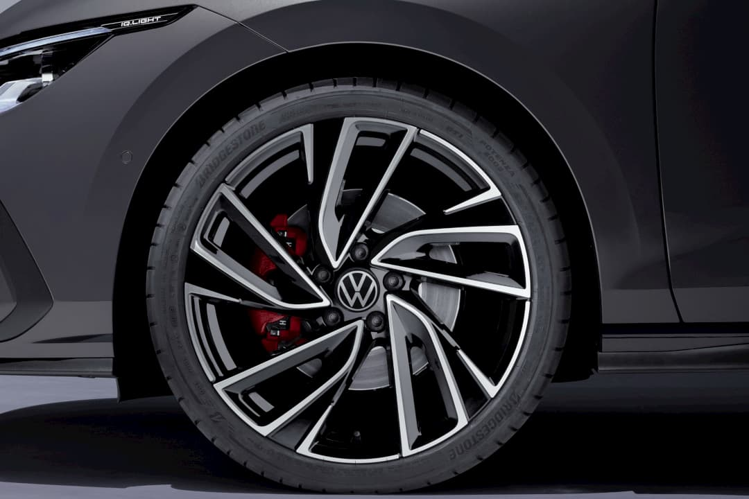 VW Golf Mk8 GTD wheel
