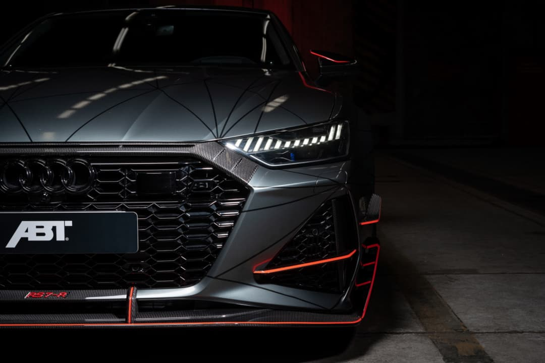 ABT RS7-R engine grill