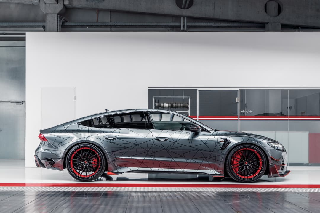 ABT RS7-R side