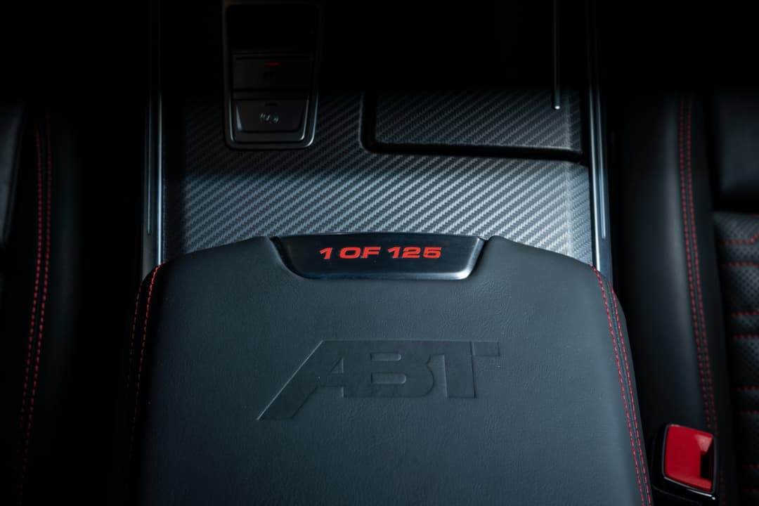 ABT RS7-R center console