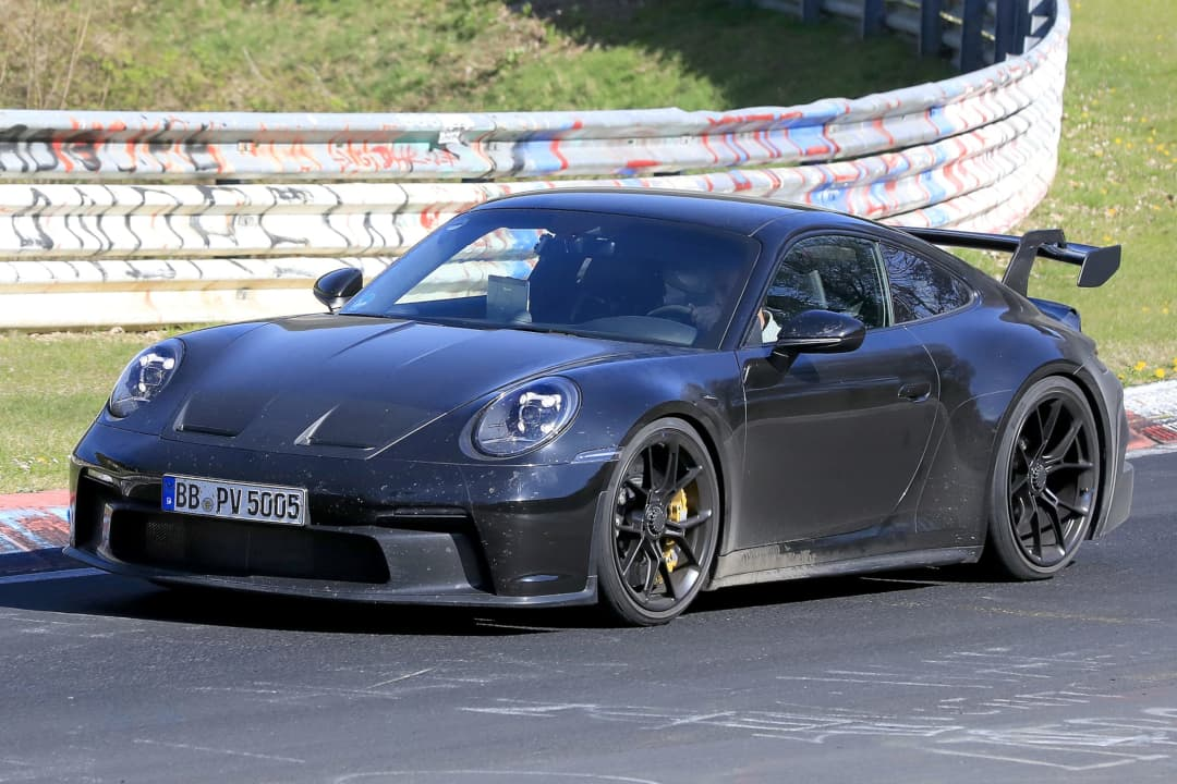 Porsche 911 GT3 type 992 front three quarter