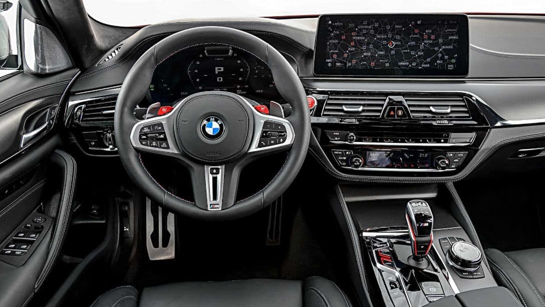 BMW M5 MY2021 cockpit