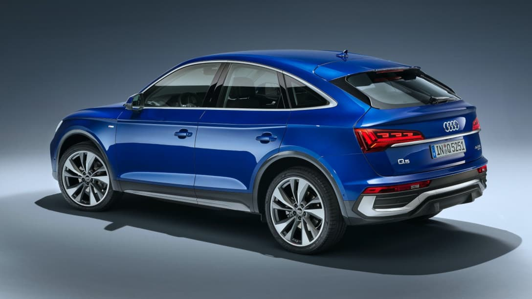 Audi Q5 Sportback Rear three quarter
