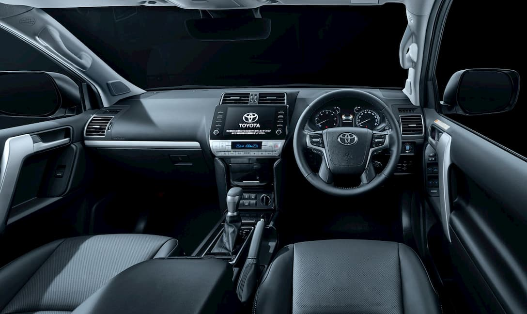 Toyota Land Cruiser Prado 2020 interior