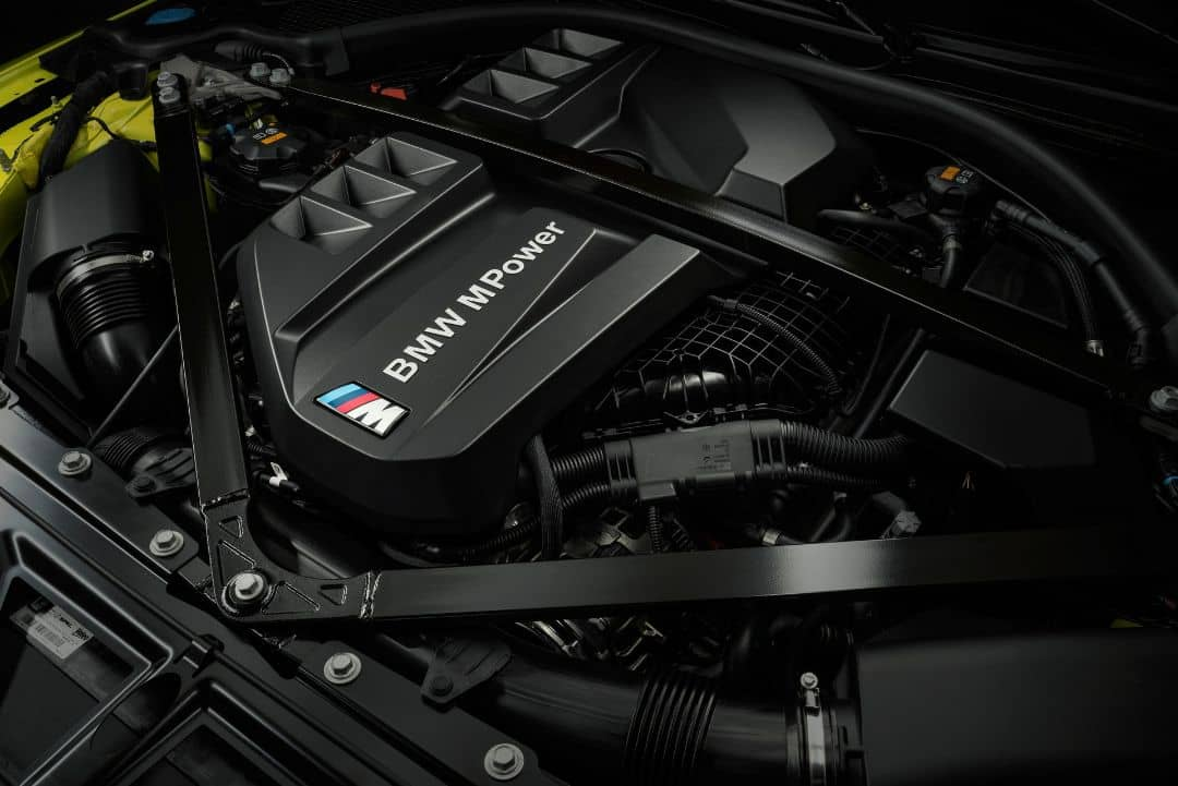BMW M4 Coupe Engine