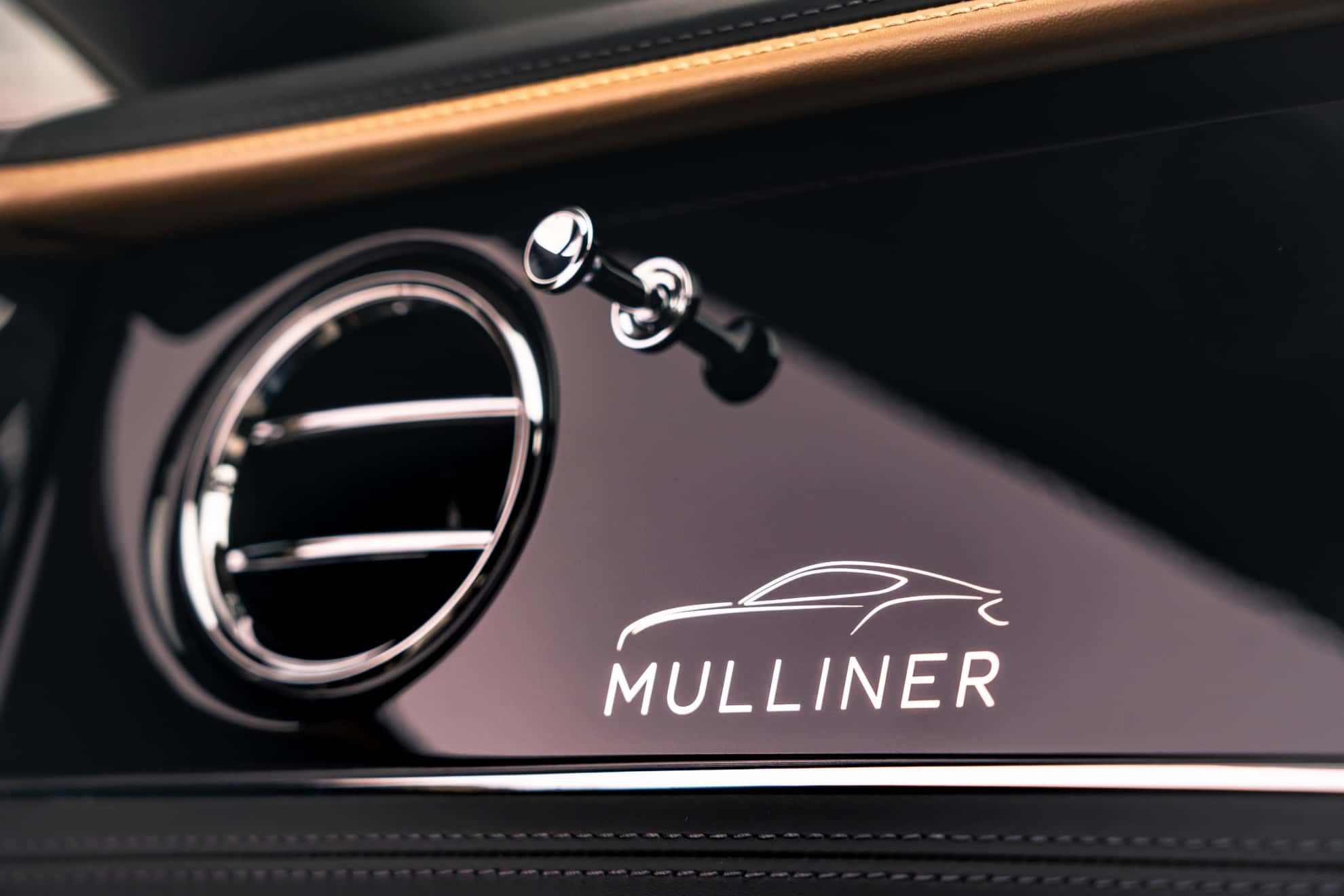 Bentley Continental GT Mulliner Coupe dashboard