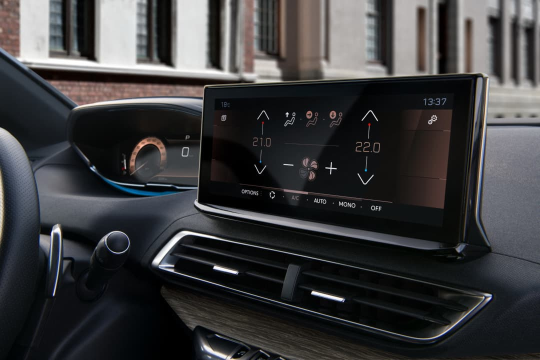 Peugeot 3008 MY2021 Facelift touch screen