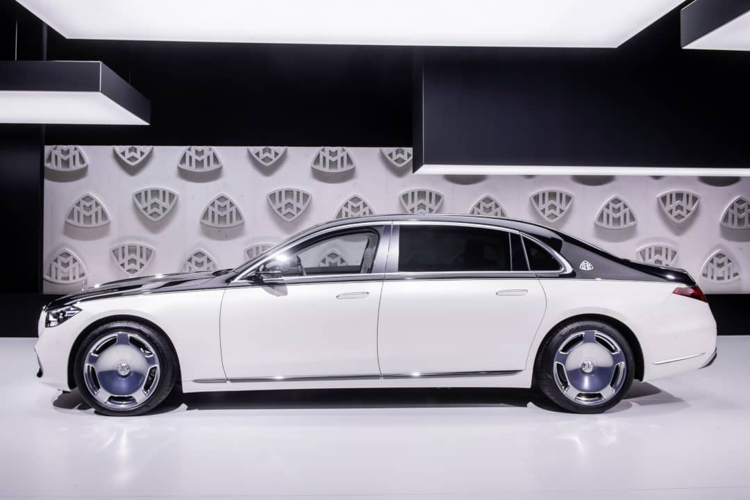 Mercedes Maybach S-Class Side