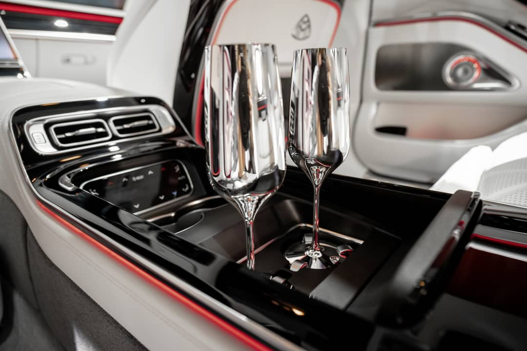 Mercedes Maybach S-Class Cup holder