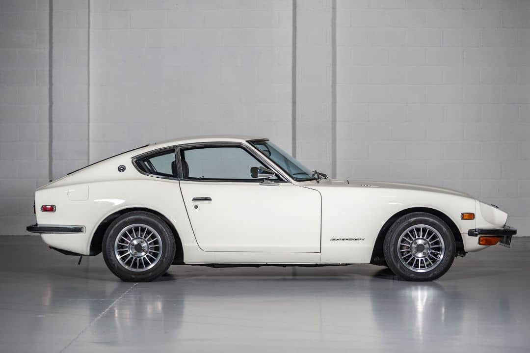 Nissan S30Z with RB26DETT Side