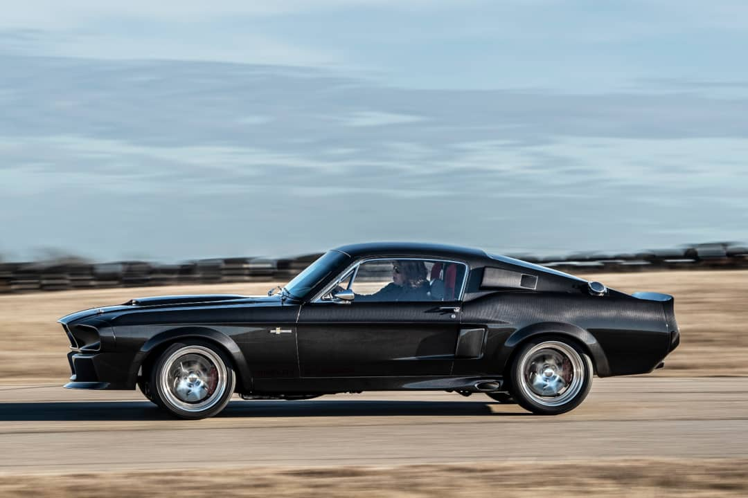 Classic Recreation Shelby GT500CR Carbon Side