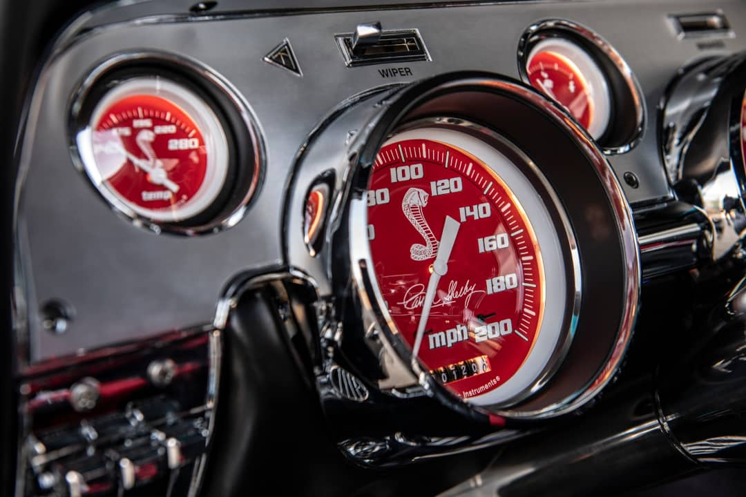 Classic Recreation Shelby GT500CR Carbon Meter