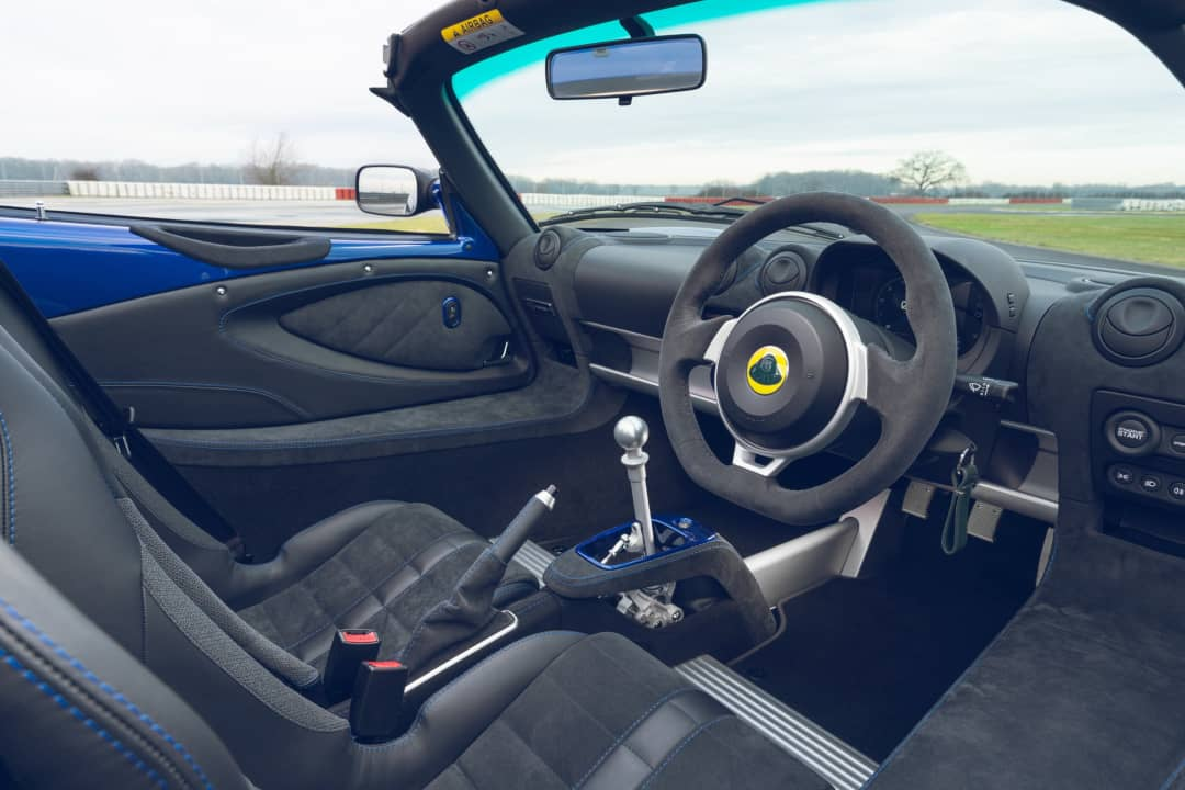 Lotus Elise Sport 240 Final Edition Cockpit