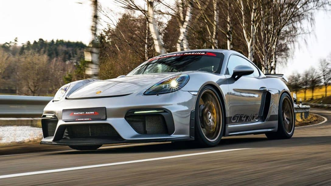 Manthey Racing Cayman GT4 MR Front three quarter
