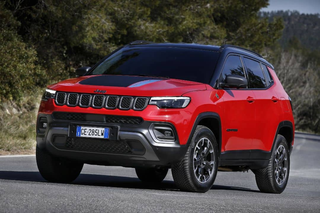 Jeep Compass 2021 Facelift Front three quarter