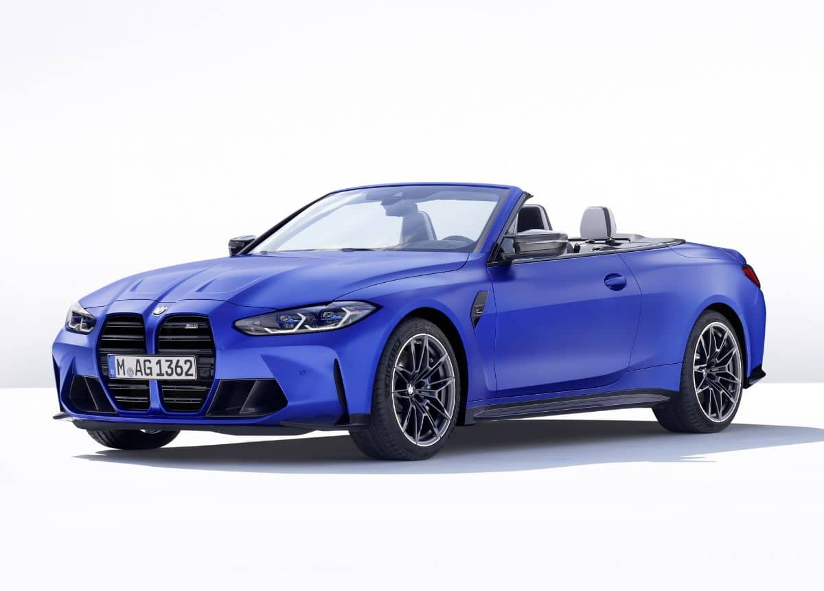 BMW M4 Competition Convertible Front three quarter