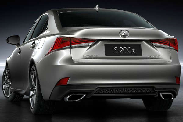 Lexus_IS_MY2017_rear