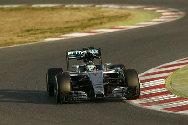 F1_2016_BarsaTest2nd_day1_Mercedes