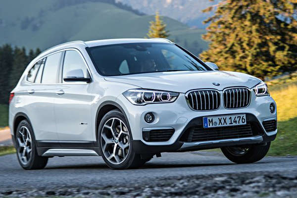 BMW_X1_MY2016_front